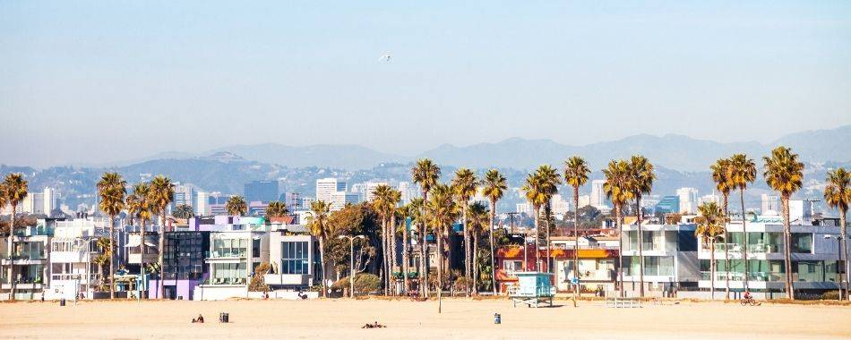 Can I Fly a Drone in Los Angeles?